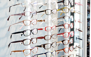 Spectacles - We have styles and prices to suit every tatse and budget.
